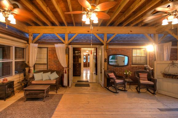 Zenfolio baofoto villa rica ga country style back porch for Country style porch
